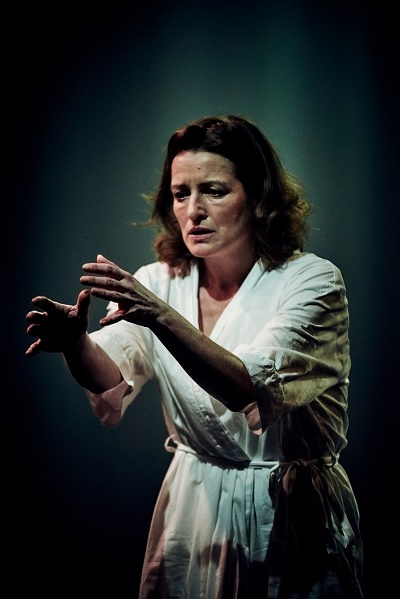 Katy Stephens Lady Macbeth Tobacco Factory Theatre