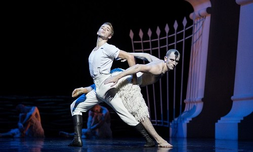 It's always a pleasure when New Adventures comes to the Bristol Hippodrome, but this time, it's even more exciting. For the first time, the definitive Swan Lake by Matthew Bourne, will […]